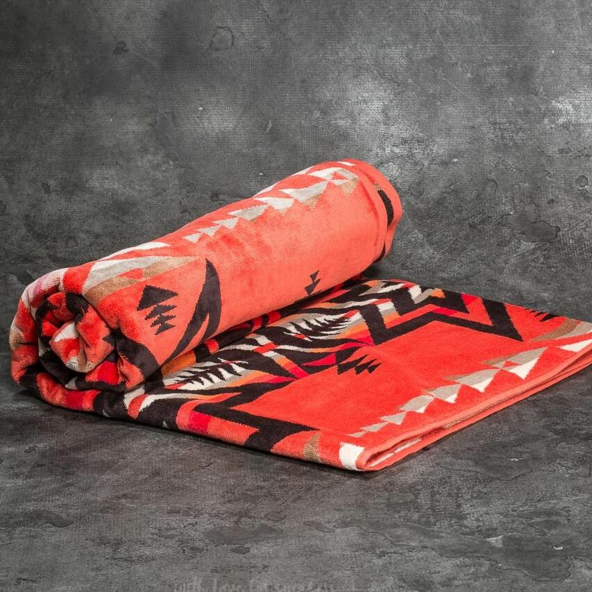 Pendleton Plains Star Jacquard Towel Coral