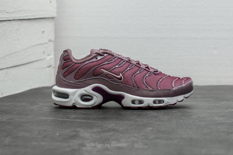 Nike Wmns Air Max Plus Taupe Grey Bordeaux Silt Red | Footshop