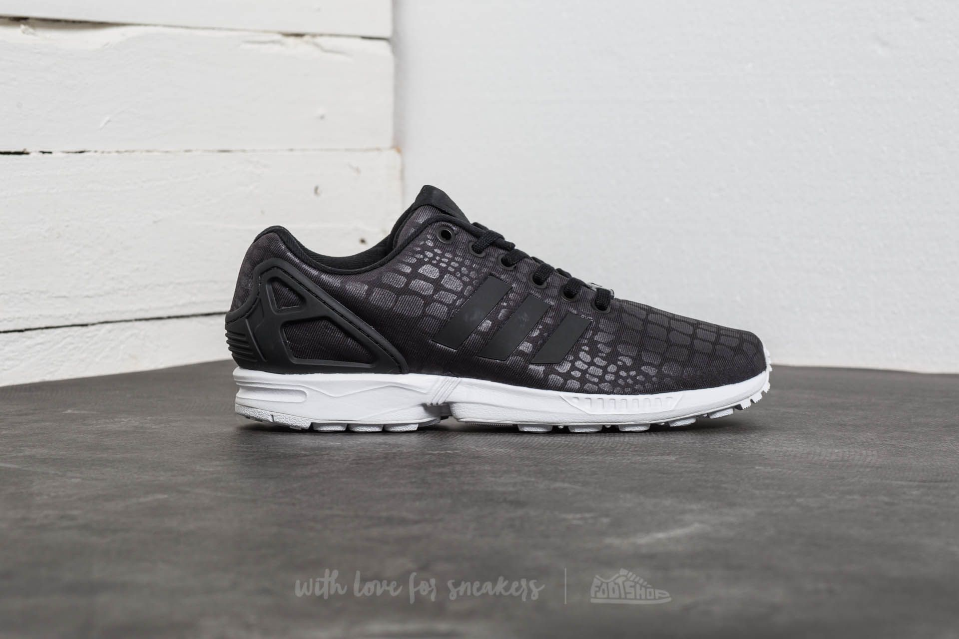 detailed pictures 0c95b 09a9d adidas ZX Flux W Core Black Core Black Ftw White at a great price