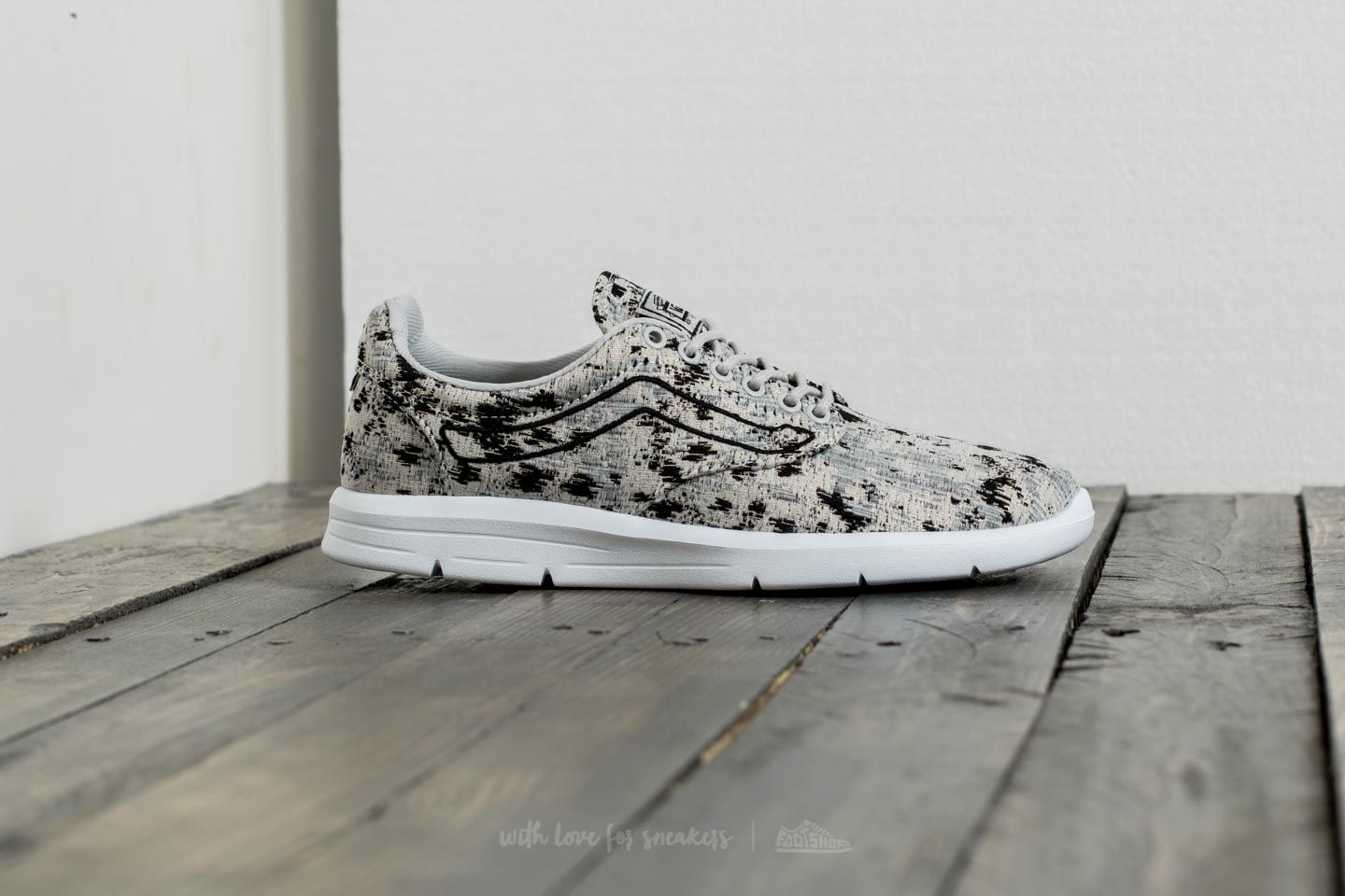 2dd01253e6 Vans Iso 1.5 (Italian Weave) Abstract  Micro Chip at a great price 48