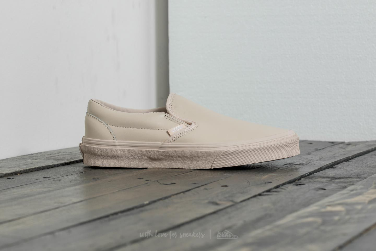 Vans Classic Slip-On D (Leather) Whisper Pink  Mono at a great 2cf0770fb