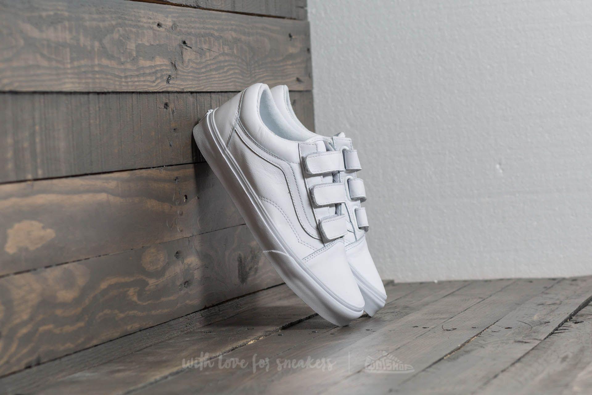 Men's shoes Vans Old Skool V (Mono