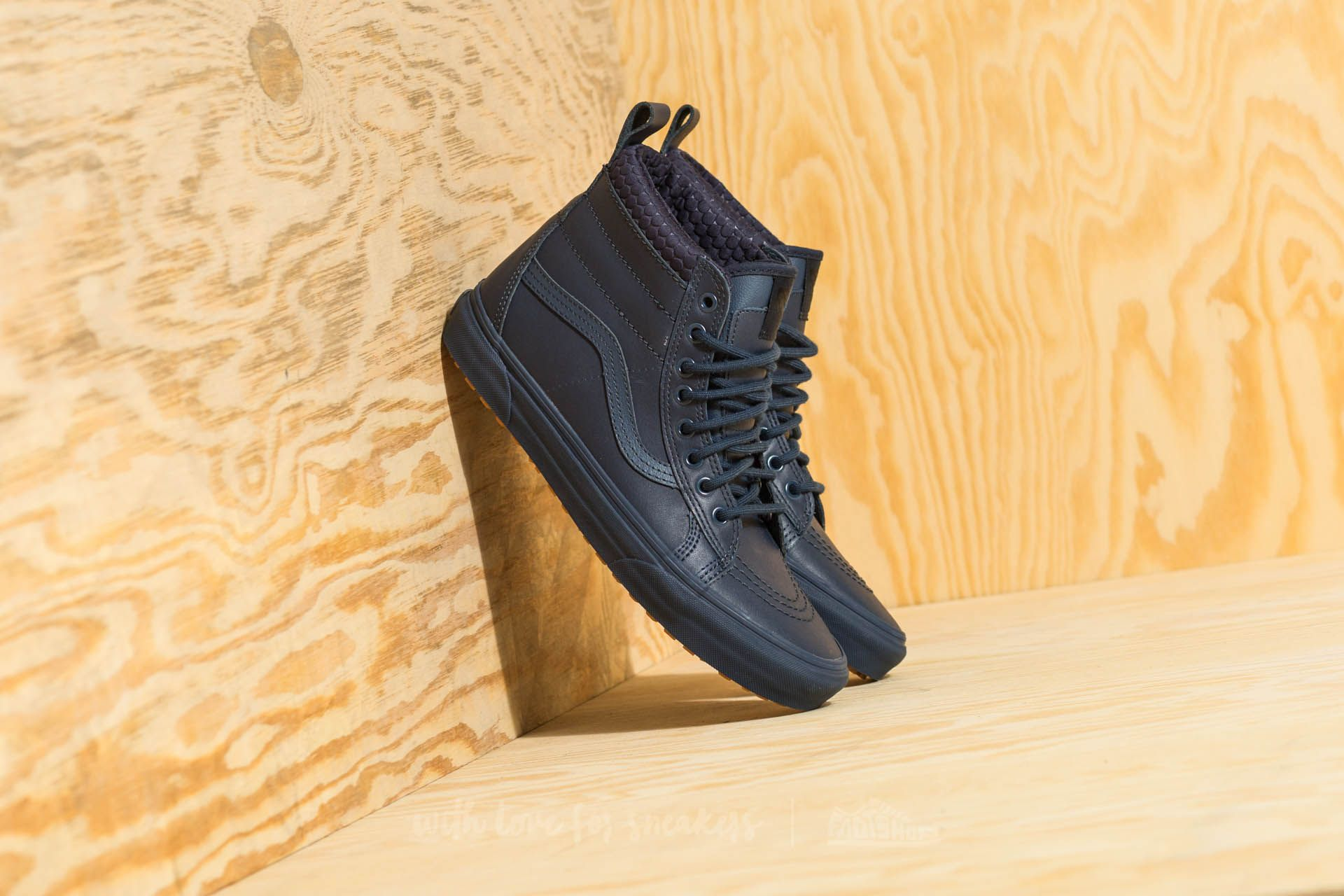 c2b6525711 Vans Sk8-Hi MTE Dress Blues  Mono