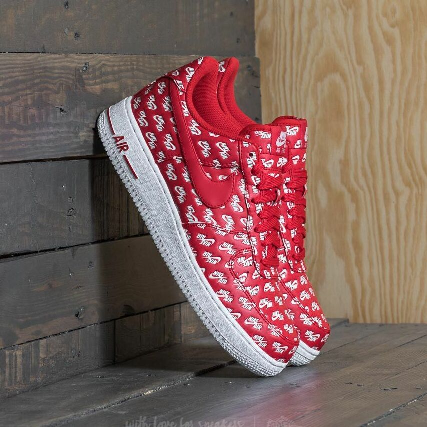 Nike Air Force 1 ´07 QS University Red/ University Red EUR 42.5