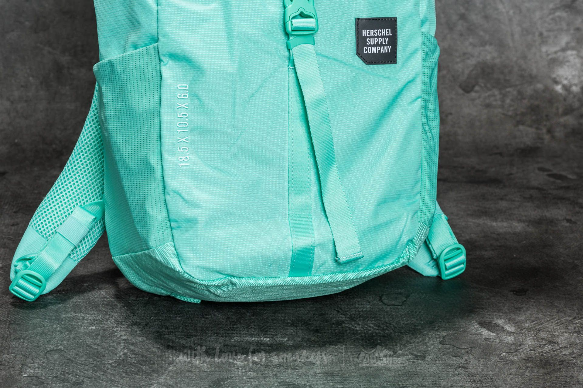 Herschel Supply Co. Barlow Medium Backpack Lucite Green at a great price 59  € buy f78a1cc9e98bd
