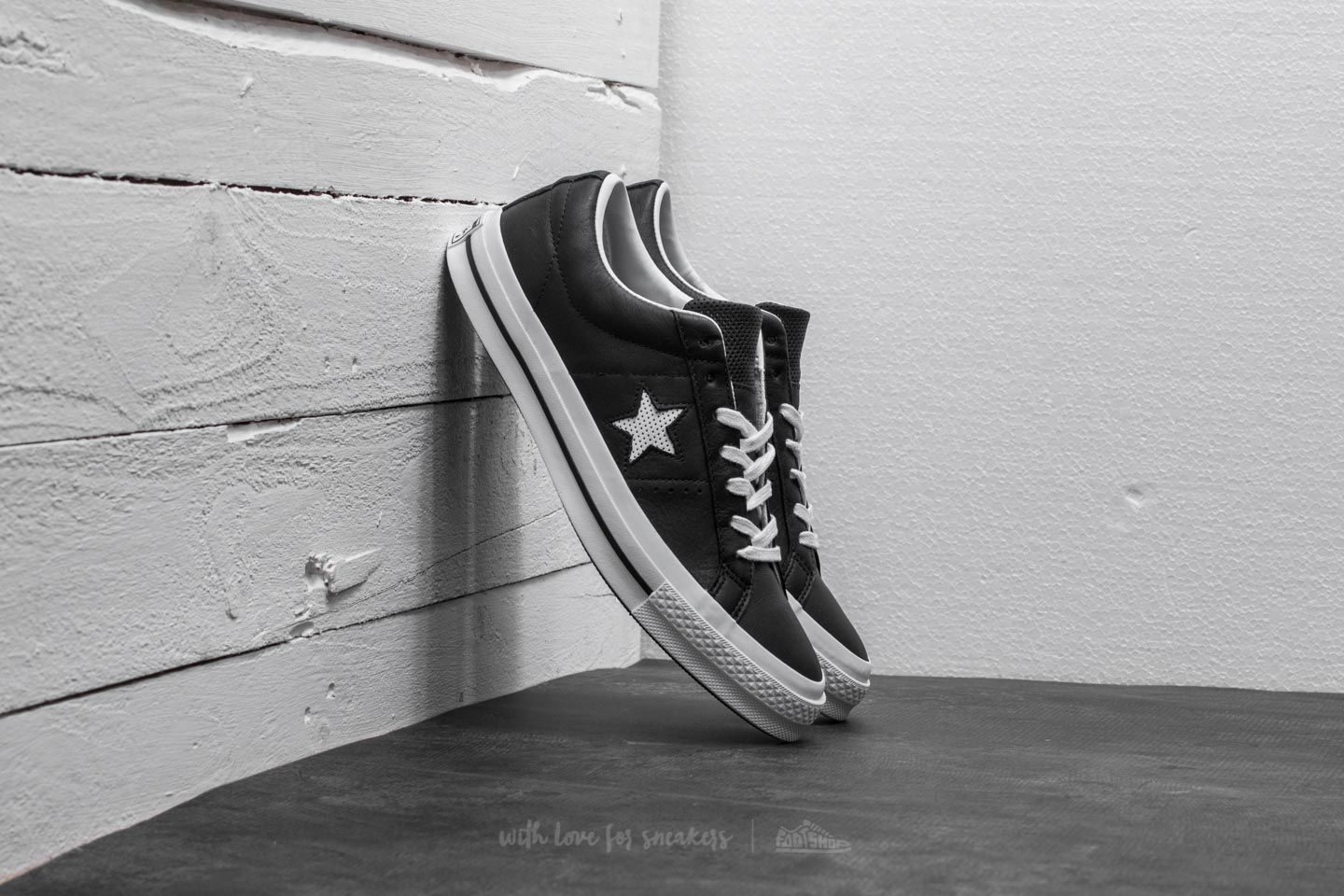 cheap for discount da157 524df Converse One Star OX