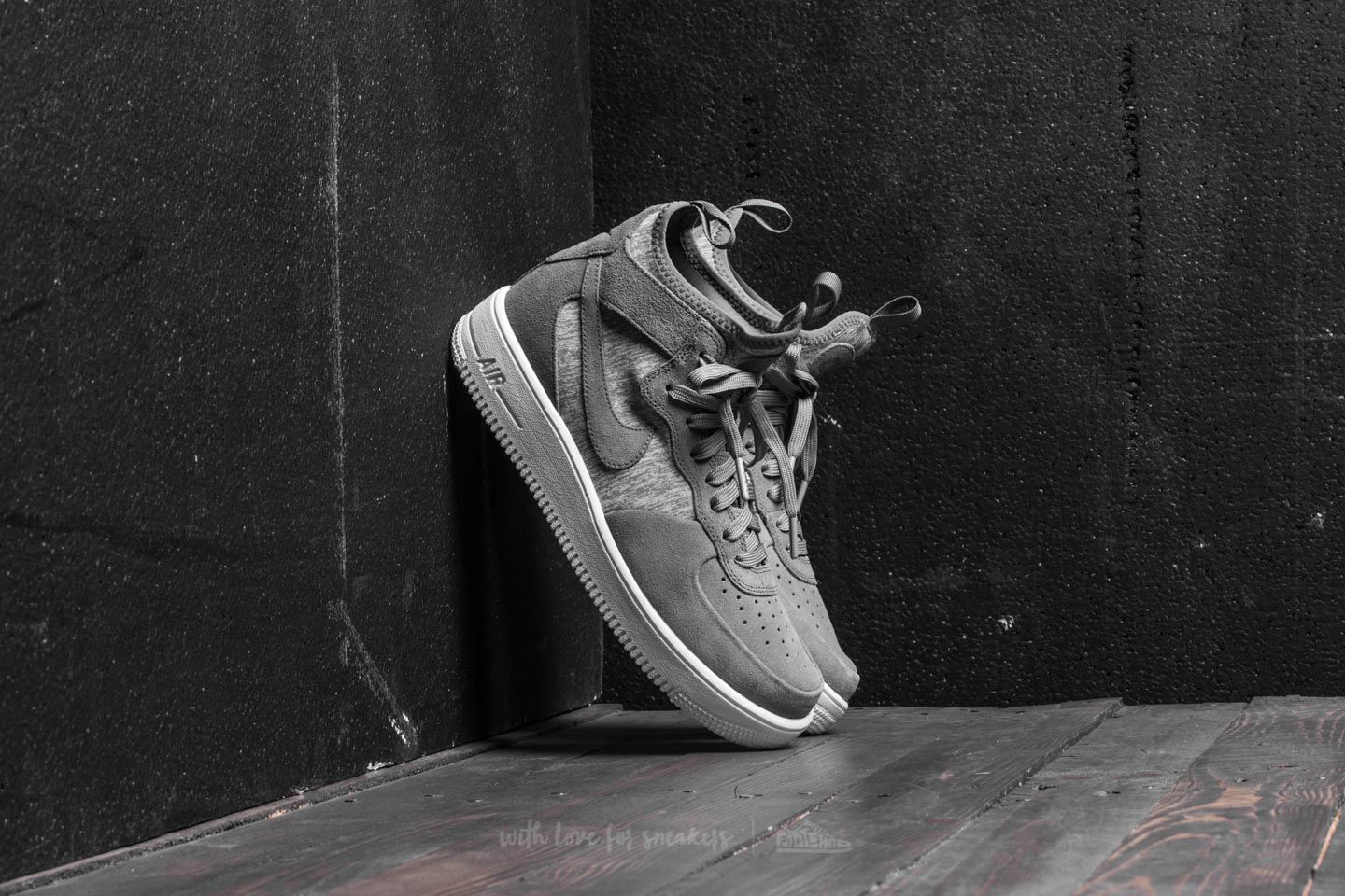 official photos 4f404 6a8dc Nike Air Force 1 Ultraforce Mid Premium. Cool Grey Cool Grey-White