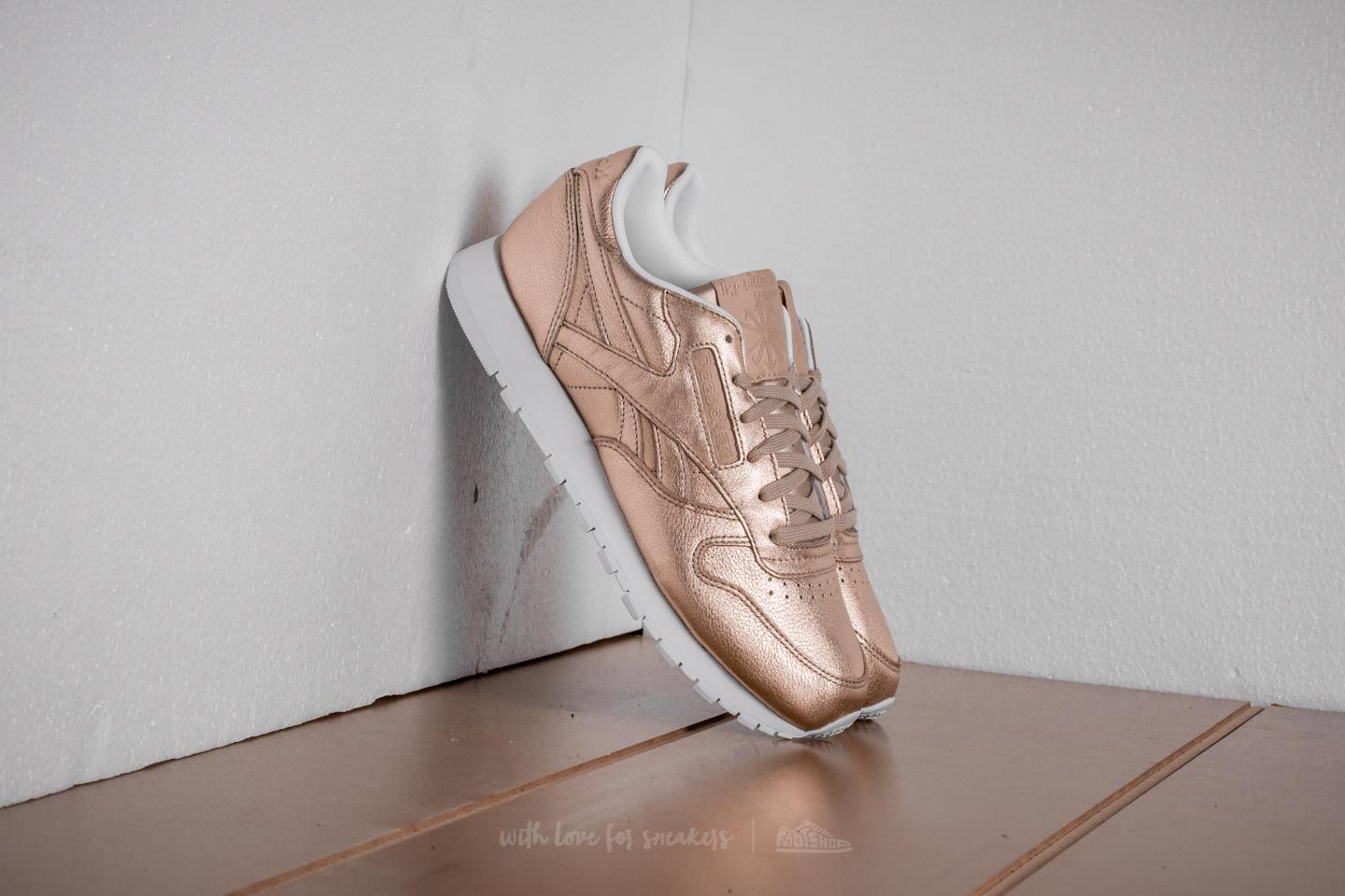 Reebok CL Leather Melted Meta Pearl Or Rose