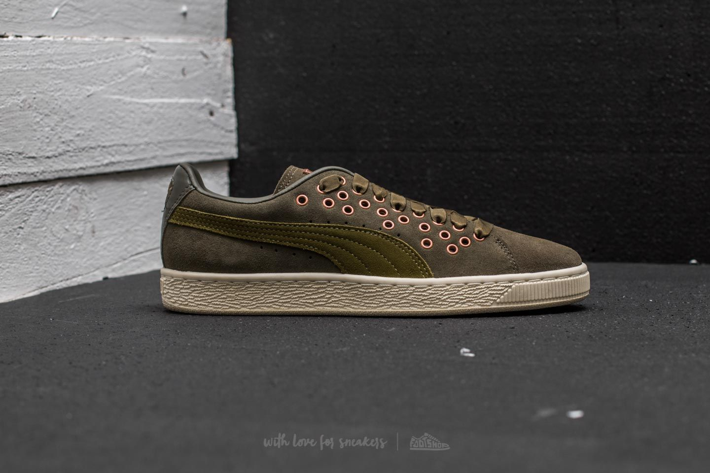 0189d2fbc4f5 Puma Suede XL Lace VR Olive Night-Avocado at a great price 48 € buy