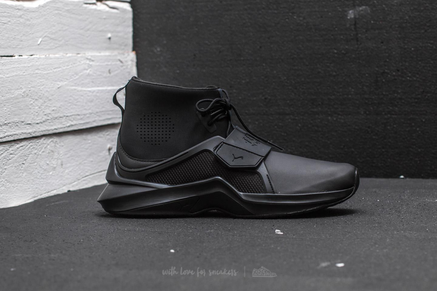 fe5269e5f15cd0 Puma Fenty The Trainer Hi Puma Black-Puma Black at a great price 118 €