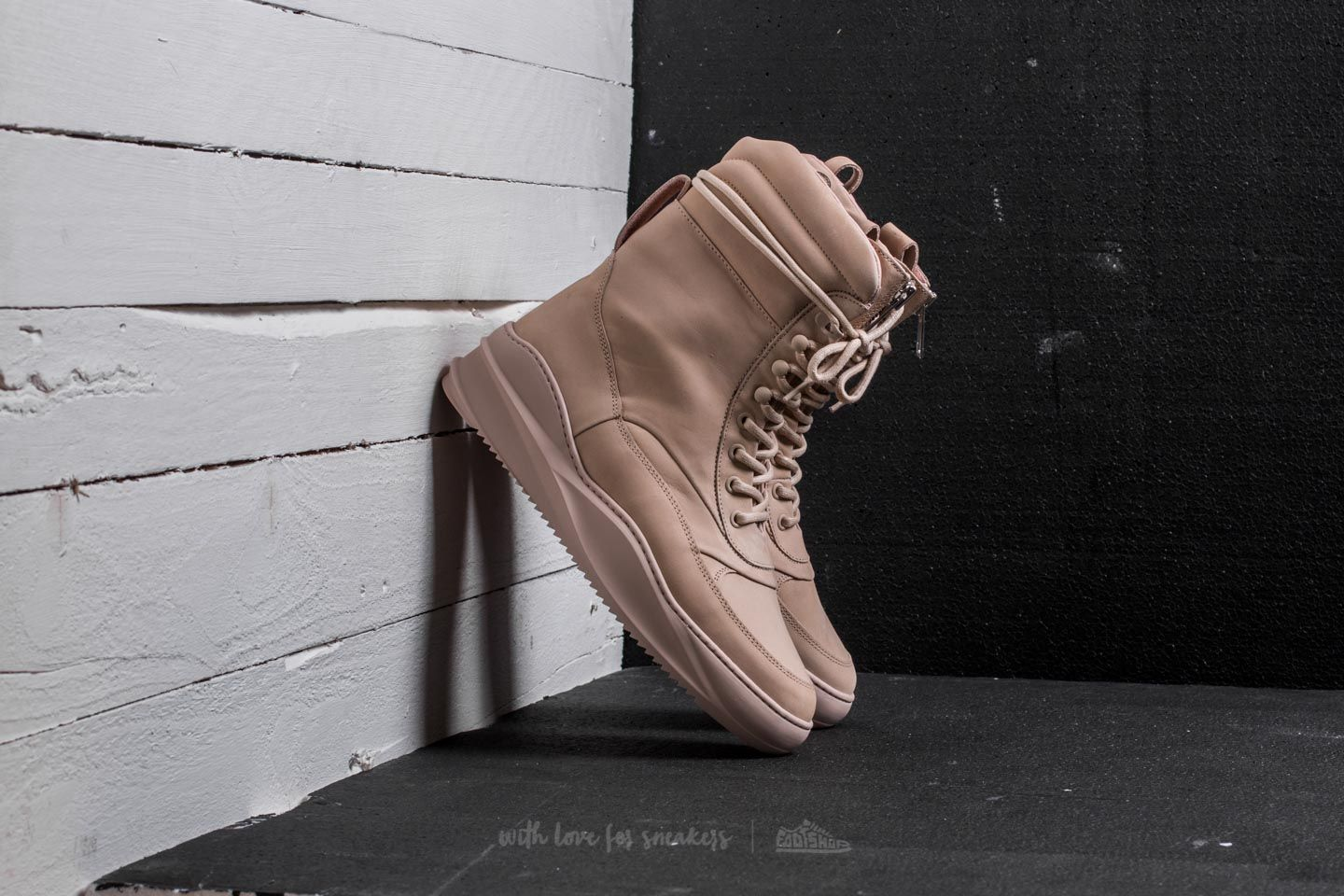 Filling Pieces High Field Boot Sky Tsaatan