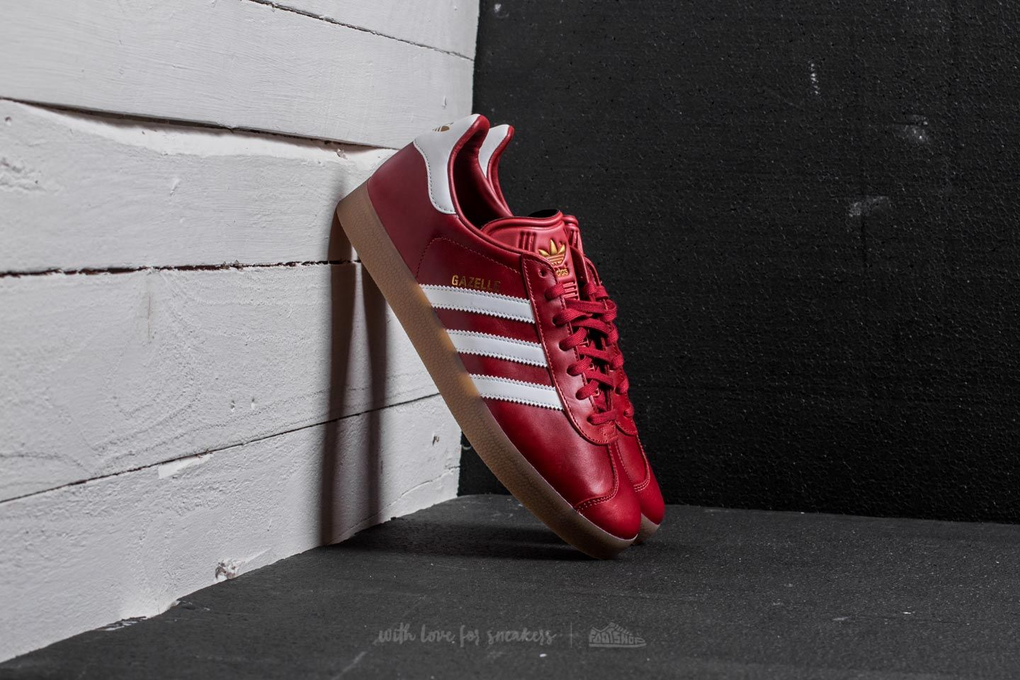 adidas Gazelle Mystery Red  Ftw White  Gold Metallic  a8371c344719