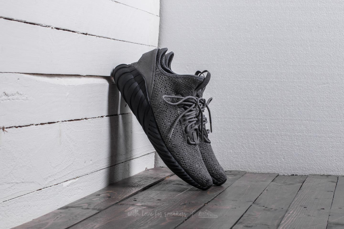 Circunferencia canal nicotina  Men's shoes adidas Tubular Doom Sock Primeknit Grey Four/ Core Black/  Footwear White
