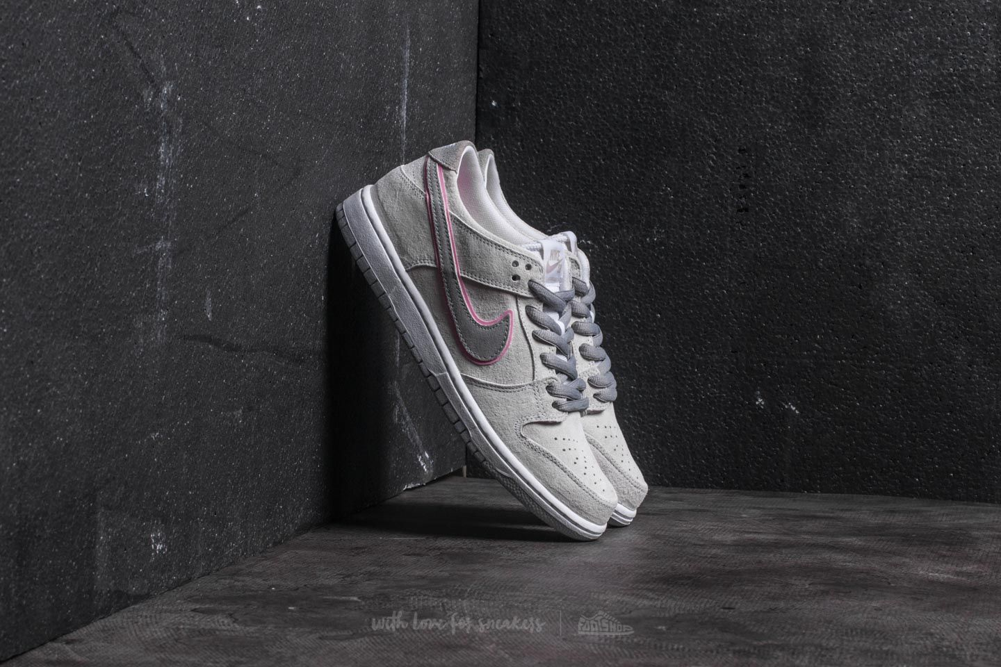 25bdad72a0d2 Nike SB Zoom Dunk Low Pro IW White  Perfect Pink-Flt Silver