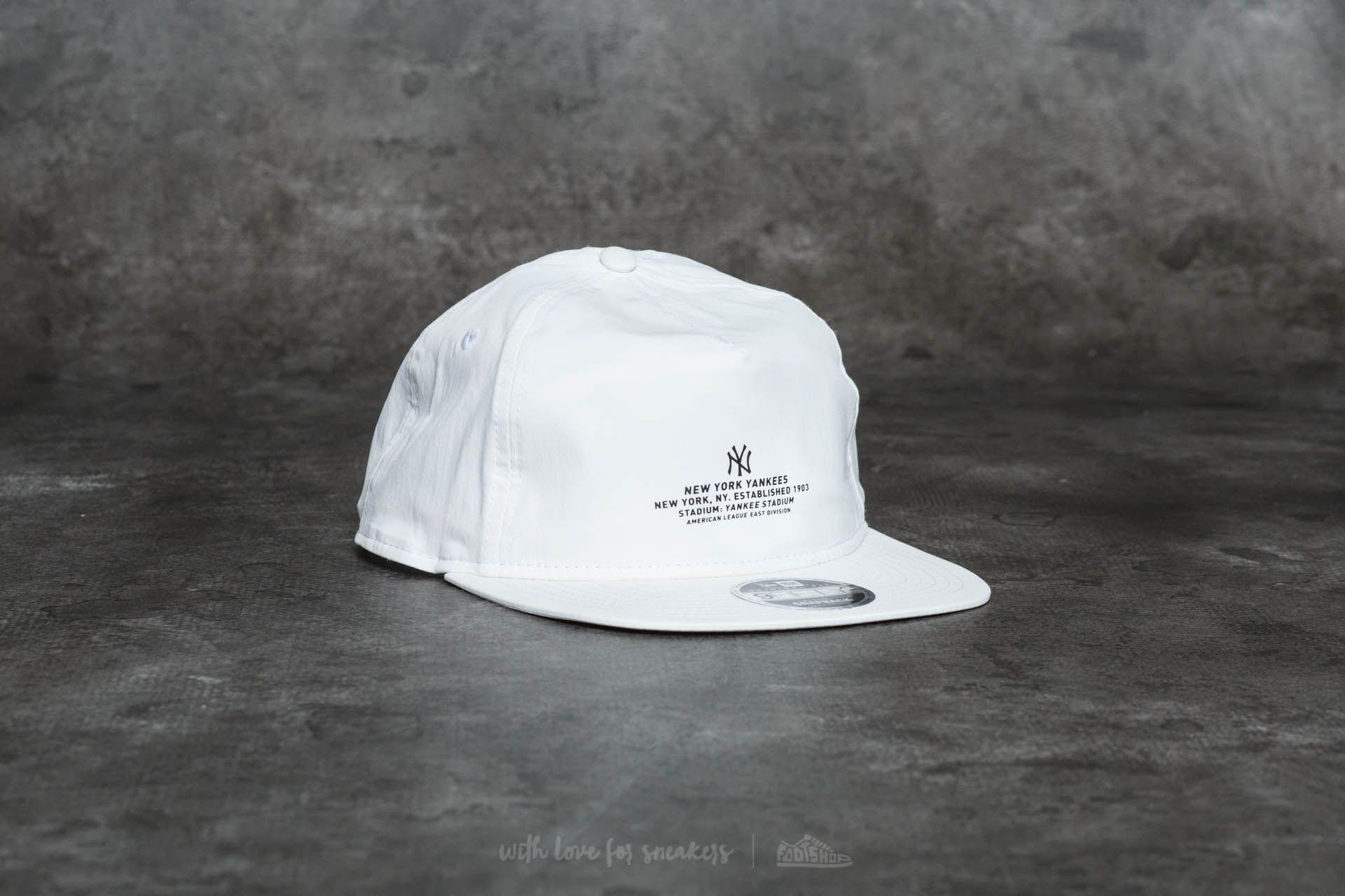 New Era 9Fifty Monochrome Script New York Yankees Cap