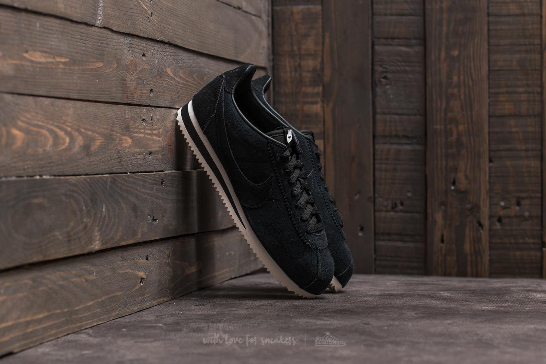 02d0efa40a13 Nike Classic Cortez SE Black  Black-Summit White
