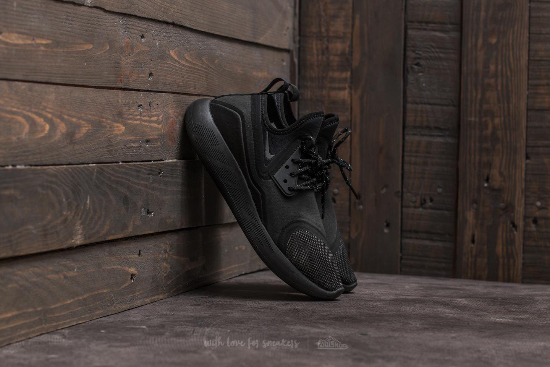 d3e1831ef3ff Nike Lunarcharge Essential W Black  Dark Grey-Black-Volt