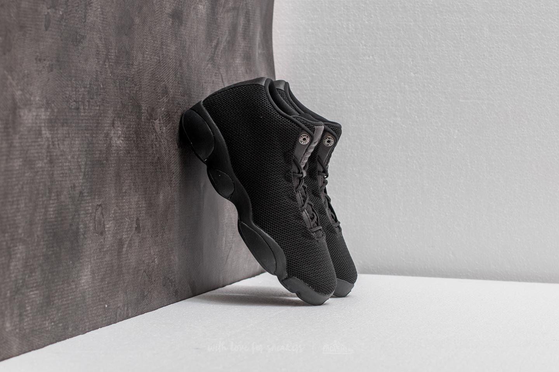 0dfce364ff10c8 Jordan Horizon Low BG Black  Black