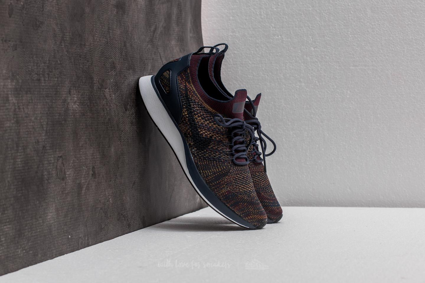25480495db20 Nike Air Zoom Mariah Flyknit Racer College Navy  Bordeaux