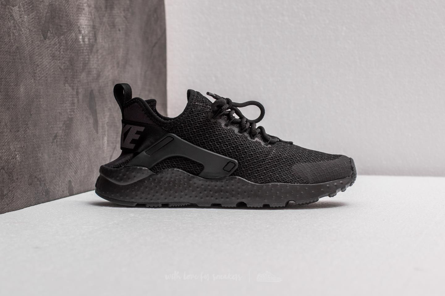 e65636c5ca96 Nike W Air Huarache Run Ultra Black  Black-Dark Grey at a great price