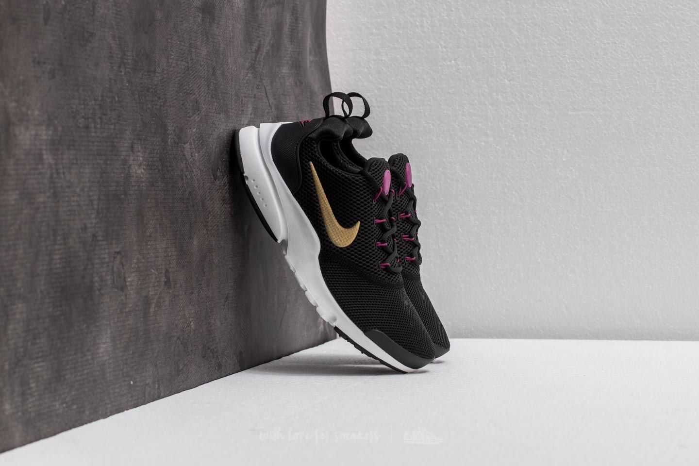 85918e267191 Nike Presto Fly (GS) Black  Metallic Gold-Tea Berry