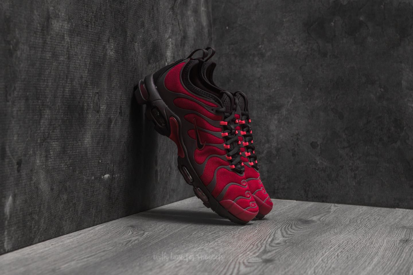 sports shoes 9a04d 91d2b Nike Air Max Plus TN Ultra Noble Red/ Port Wine | Footshop