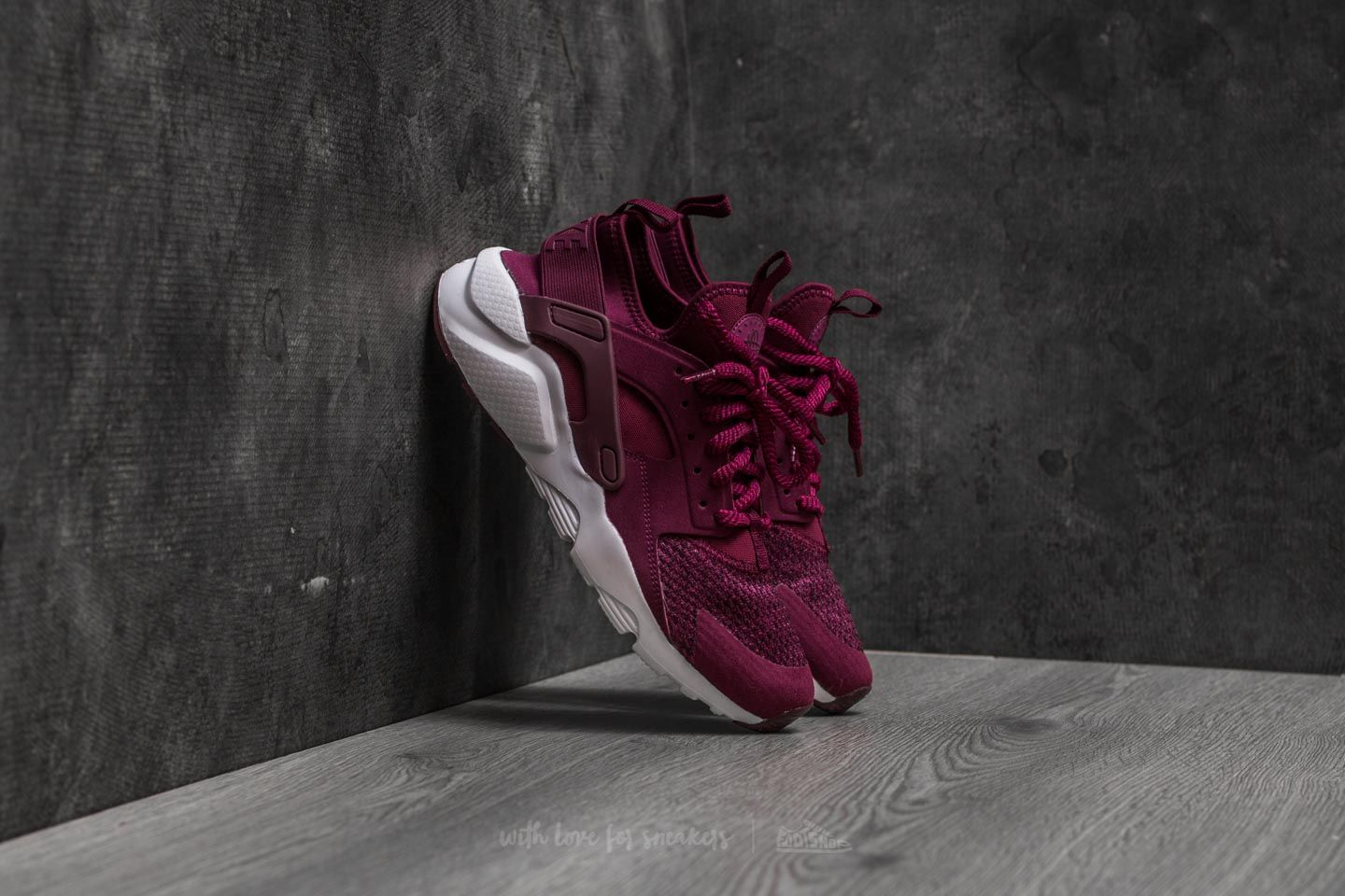 fb978f83c6f2 Nike Air Huarache Run Ultra SE (GS) Bordeaux  Bordeaux-Tea Berry ...