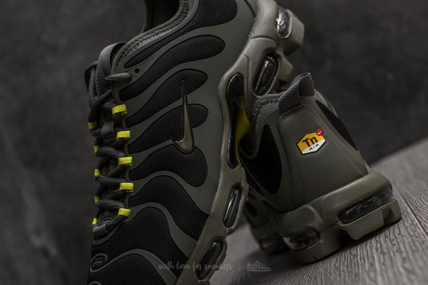 timeless design b12d7 79793 coupon for nike air max plus tuned 1 black 1b595 677a5