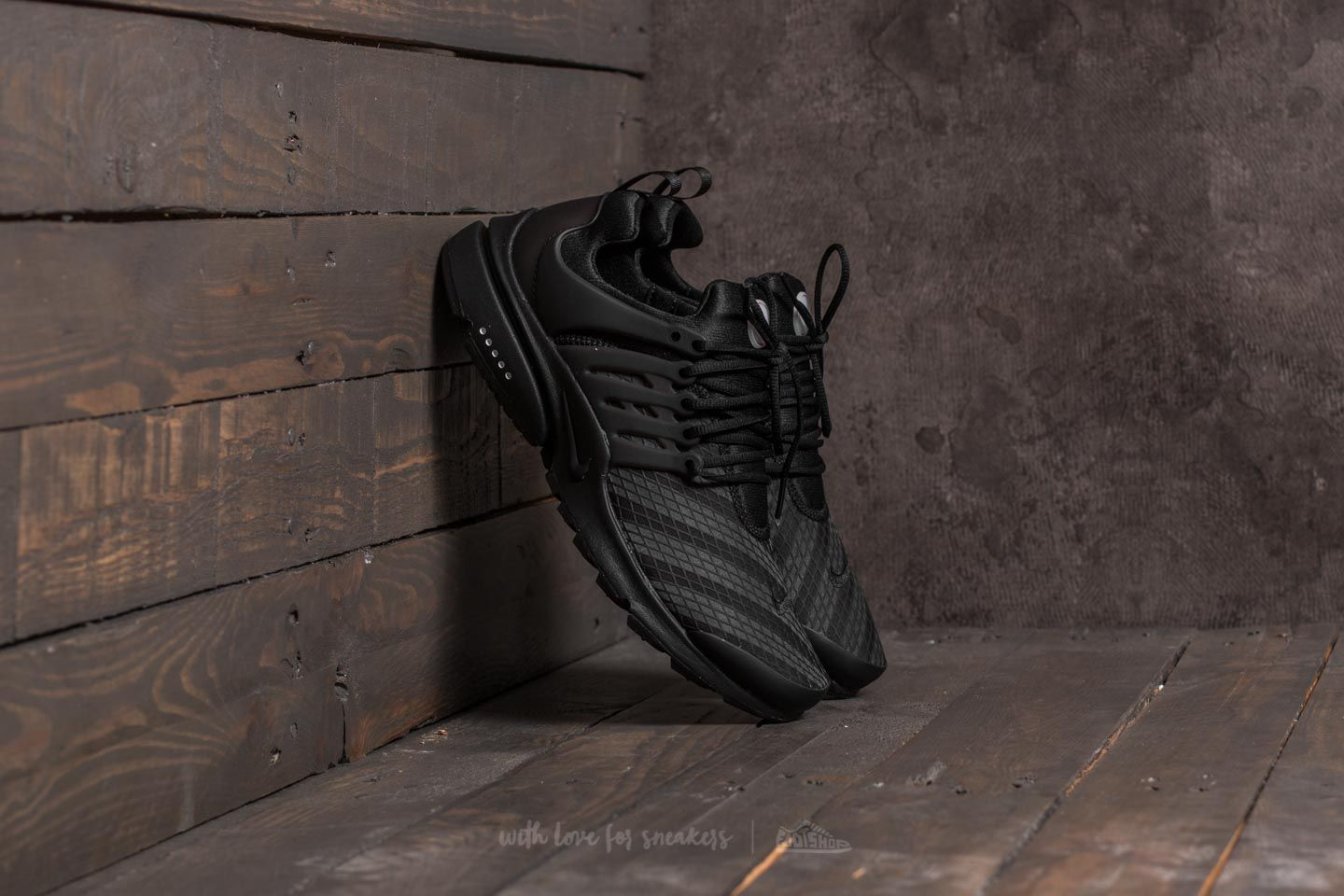 finest selection 81be0 9915a Nike Air Presto Low Utility Black Black-Black-White