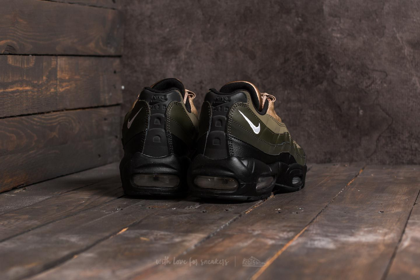 Nike Air Max 95 Essential Sequoia 749766 024