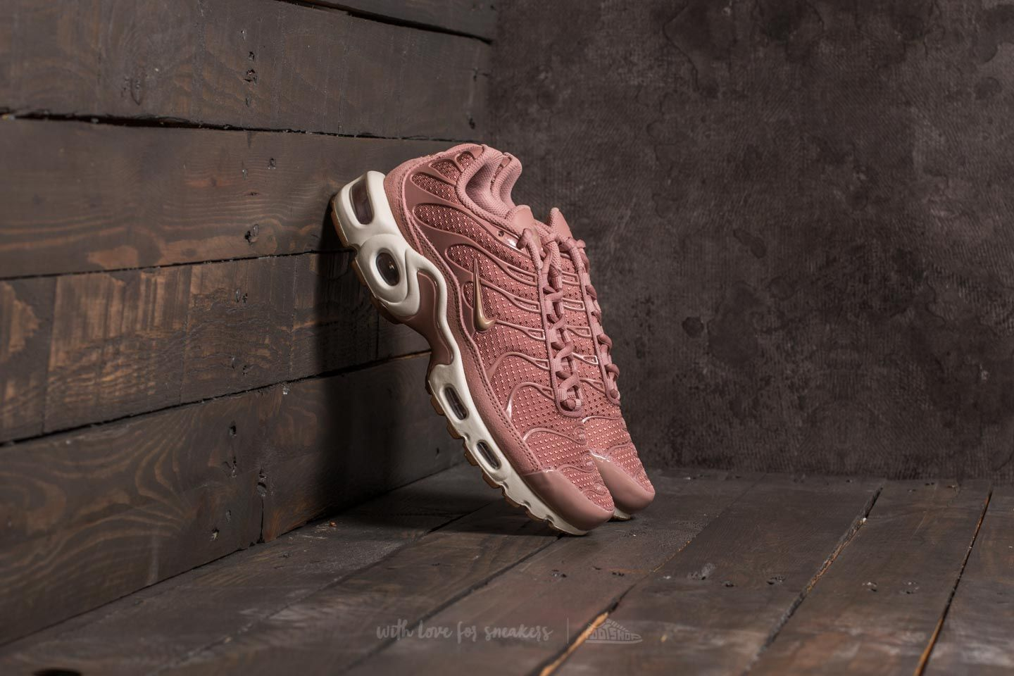Nike Wmns Air Max Plus Particle Pink/ Mushroom-Sail