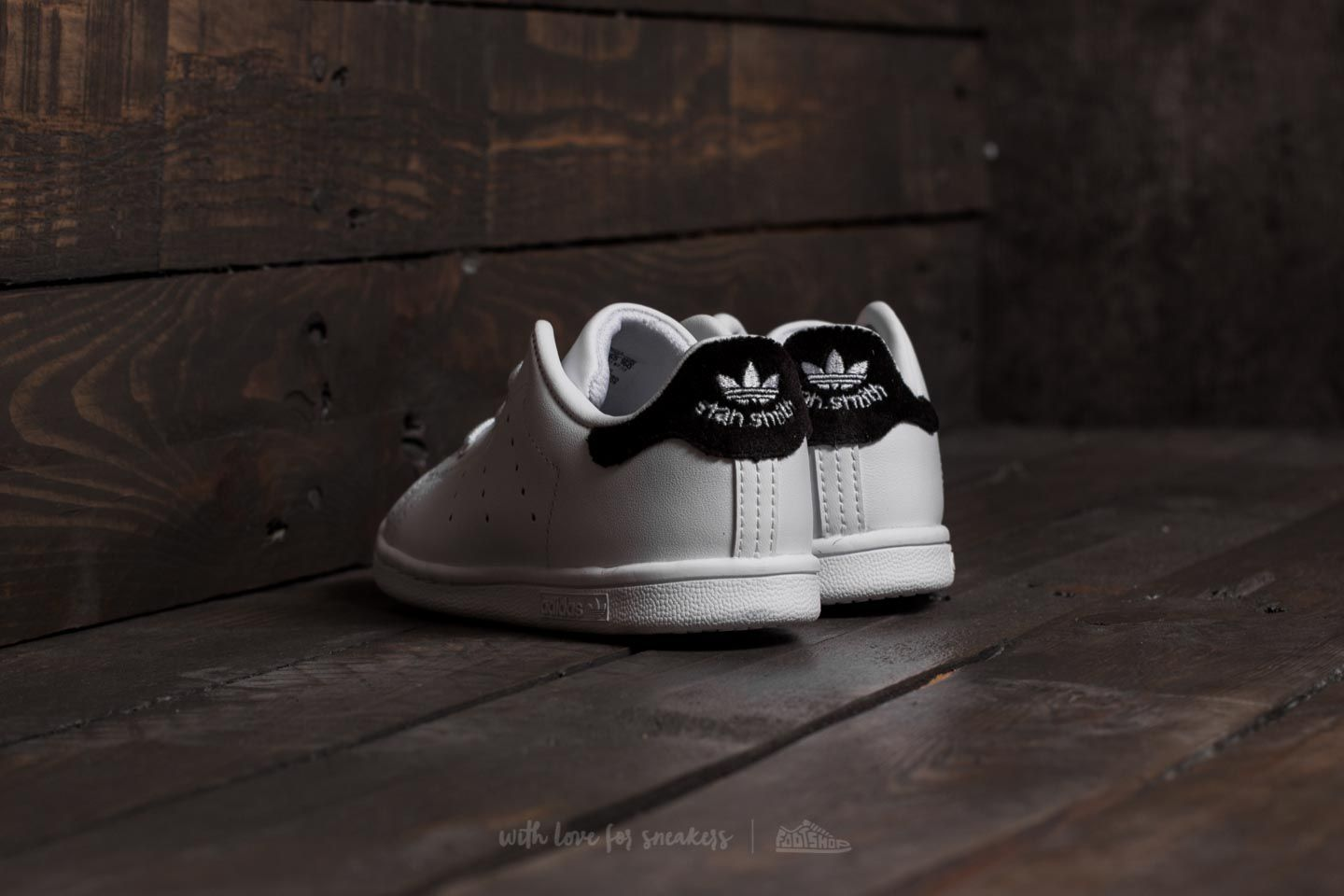 adidas Stan Smith I Ftw White  Ftw White  Core Black at a great price d8b490a8dc