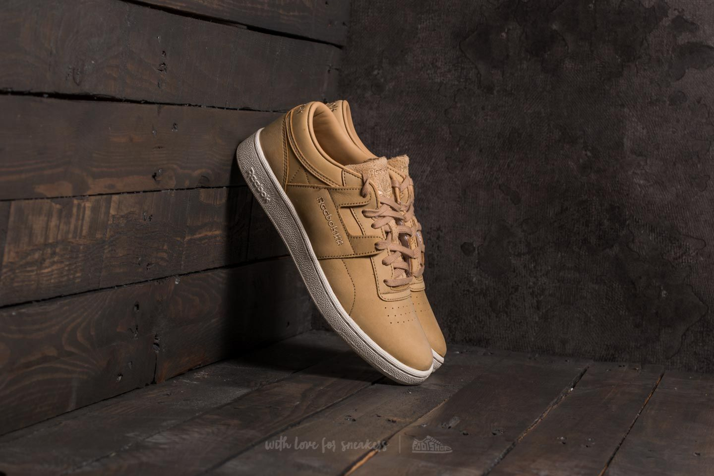 Reebok Club Workout SE Beige  Chalk  301bec69b