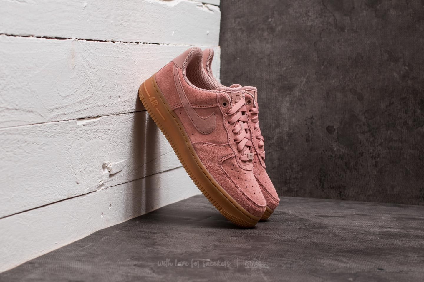 Nike Wmns Air Force 1  07 SE Particle Pink  Particle Pink  c54000124