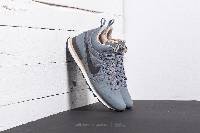 great fit 2e078 057a7 Nike Internationalist Utility