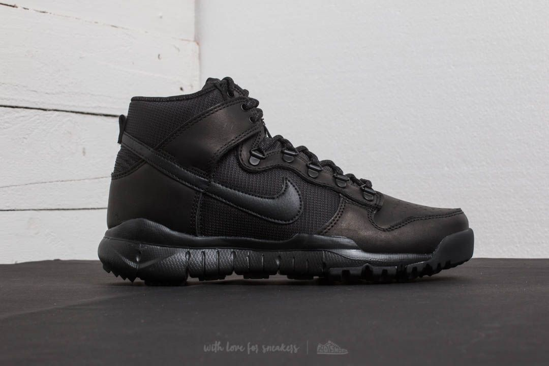 the latest 71c4a 8780e Nike SB Dunk High Boot Black/ Black | Footshop