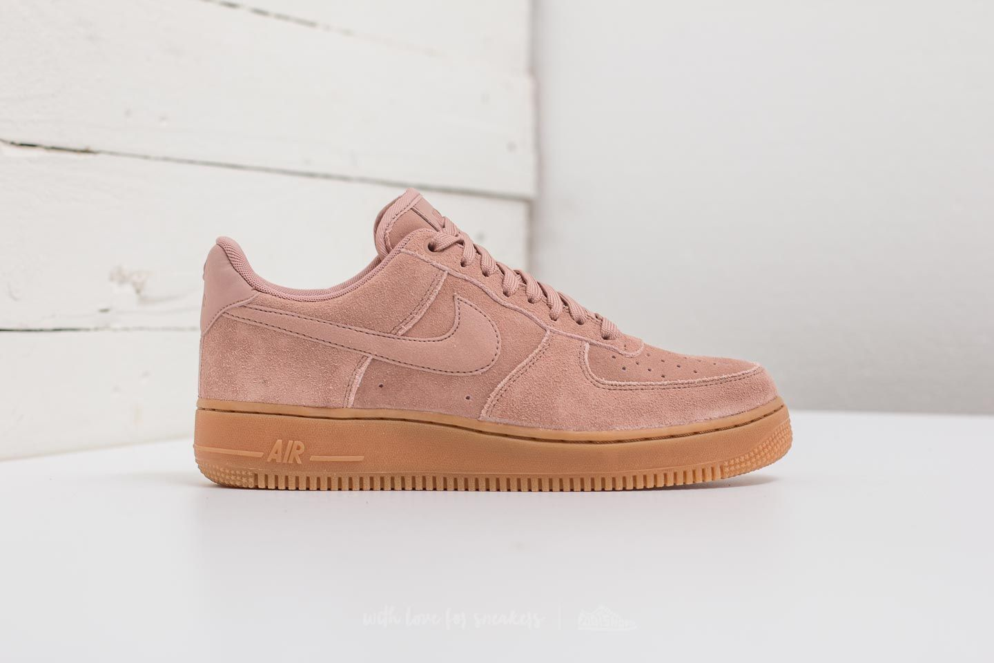 Nike Air Force 1 ´07 LV8 Suede Particle Pink Particle Pink | Footshop