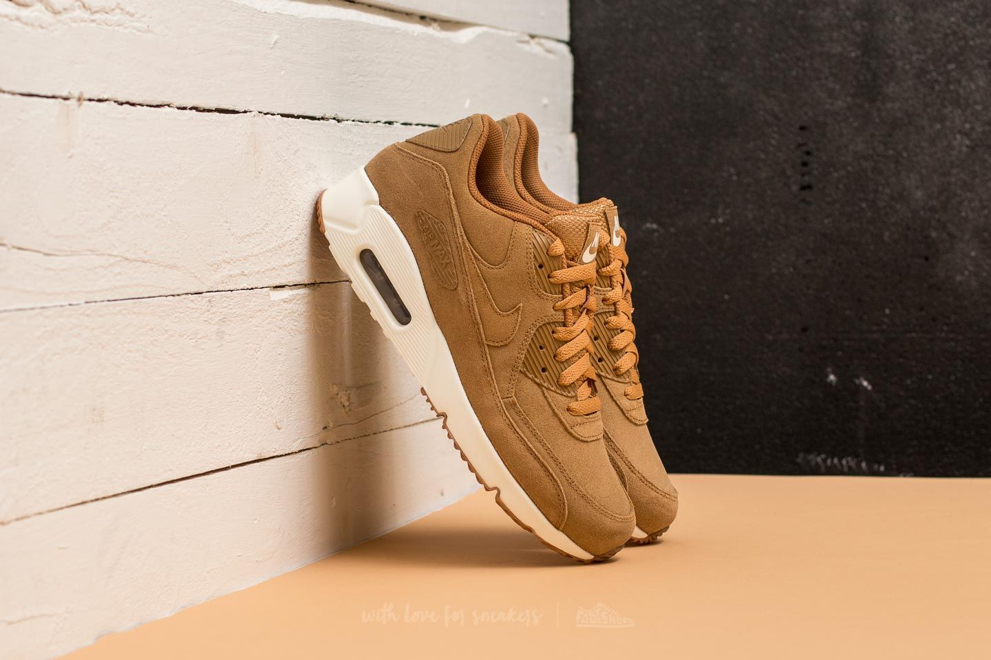1795d0464c Nike Air Max 90 Ultra 2.0 LTR Flax/ Flax-Sail-Gum Med Brown ...