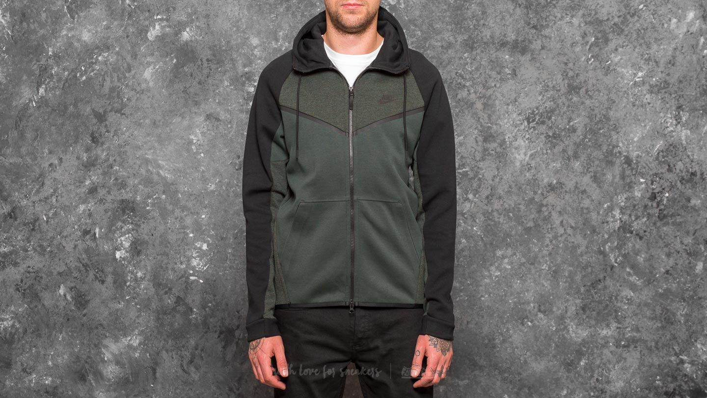 Nike Sportswear Tech Fleece Windrunner Hoodie Outdoor Green Heather Black | Footshop
