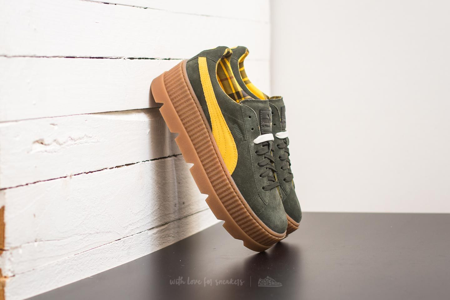 low priced 97d8c 6931a Puma Fenty Cleated Creeper Suede Rosin-Lemon-Vanilla Ice ...