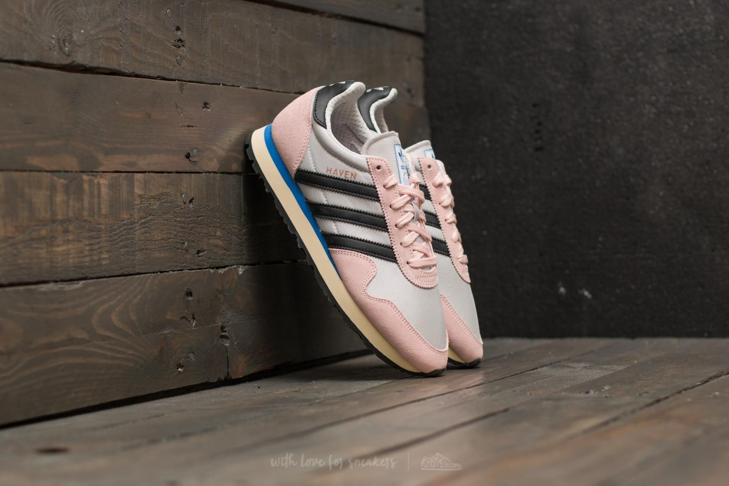 premium selection 88e1f ed3cf adidas Haven W Grey One Core Black Ice Pink  Footshop