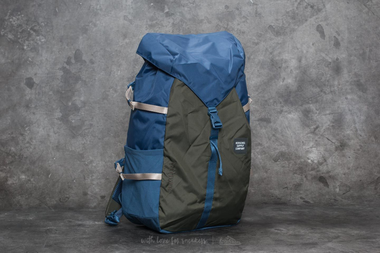 1438dbfd5a0 Herschel Supply Co. Barlow Large Backpack Peacoat  Forest Night ...
