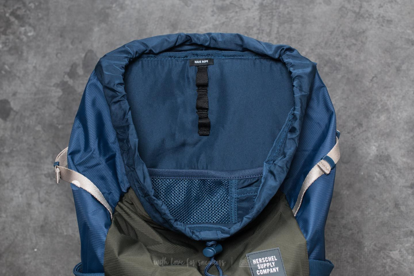 Herschel Supply Co. Barlow Large Backpack Peacoat  Forest Night au meilleur  prix 72 € d91a940403b98