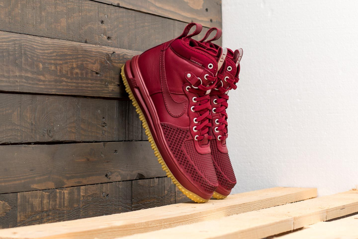 d711938046c4 Nike Lunar Force 1 Duckboot Team Red  Team Red-Gum Light Brown ...