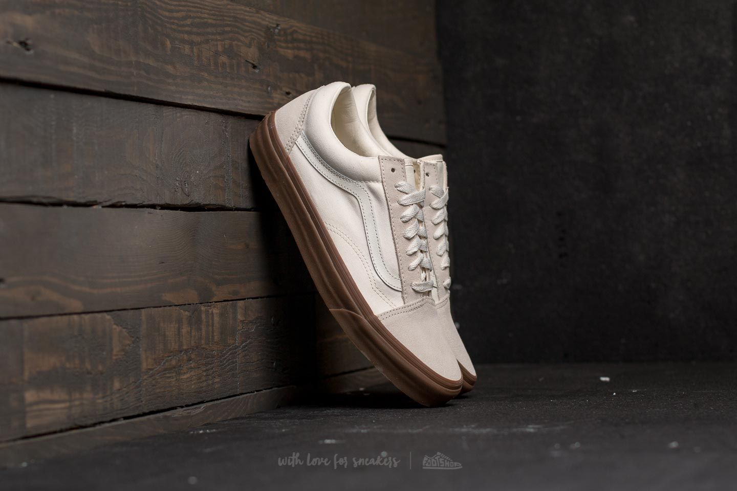24cca1d3e40 Vans Old Skool (Suede  Canvas) White  Gum