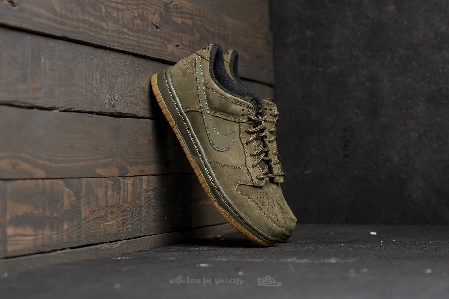 low priced 01b65 6548f Nike Dunk Low Winter Premium (GS) Medium Olive Medium Olive