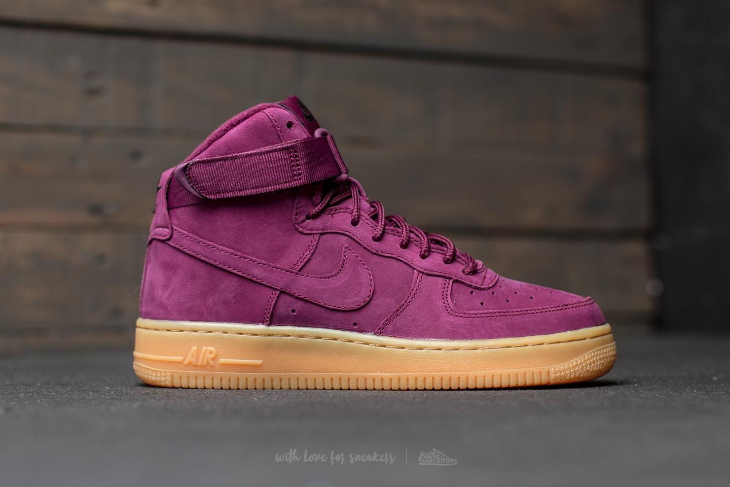 nike air force 1 high top pink