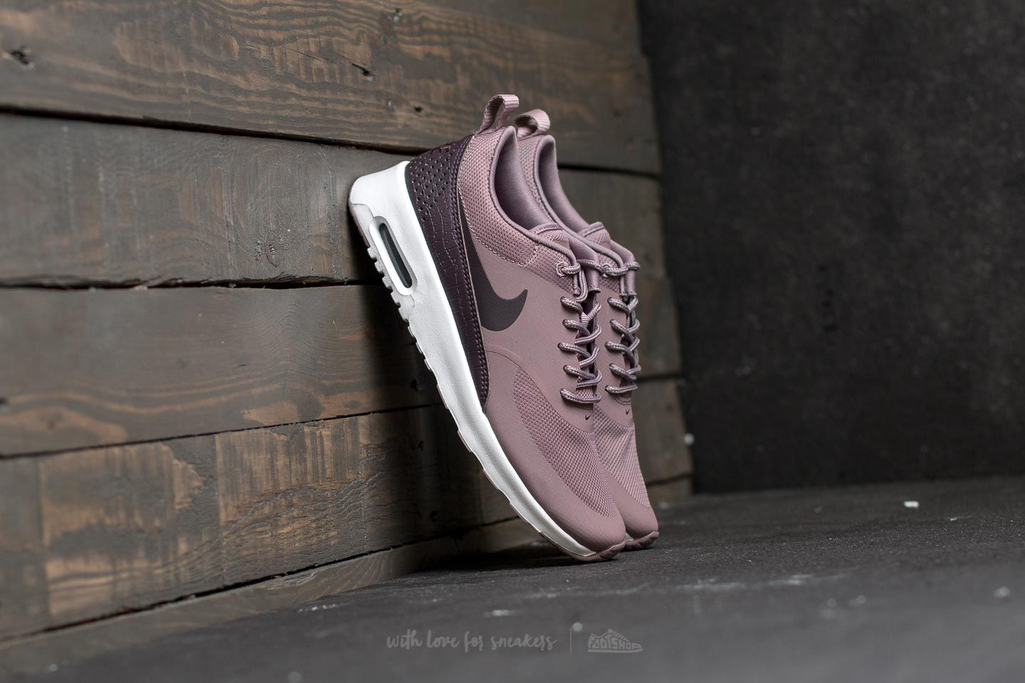 quality design 30d0f 32979 Nike Wmns Air Max Thea Taupe Grey Port Wine-White