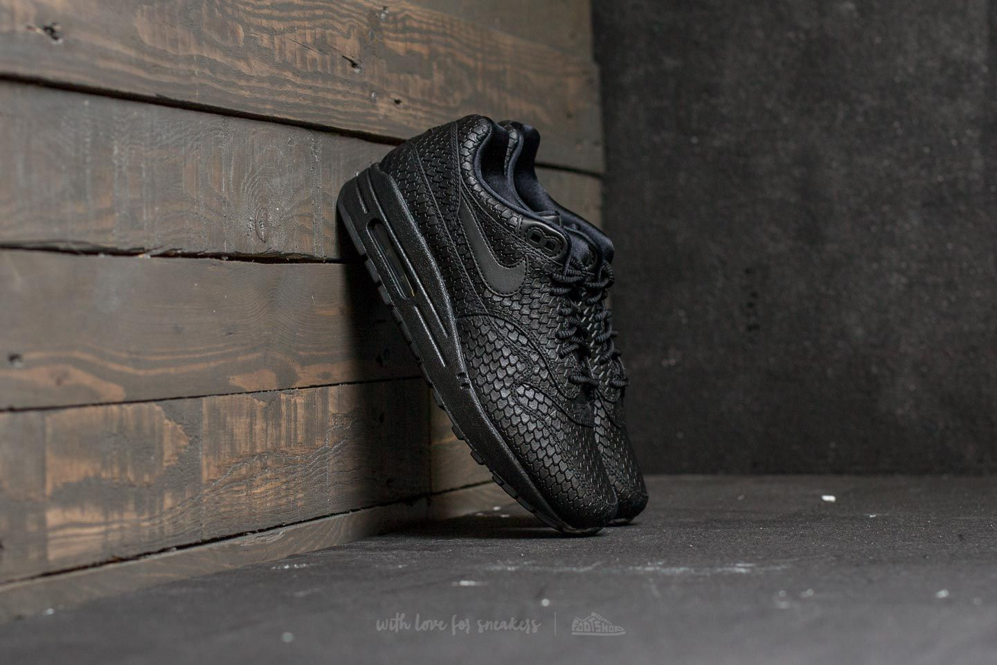 13861626e7 Nike Wmns Air Max 1 Premium Black/ Black-Anthracite | Footshop