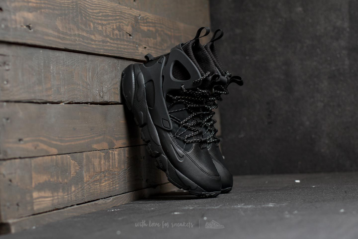 Nike W Air Footscape Mid